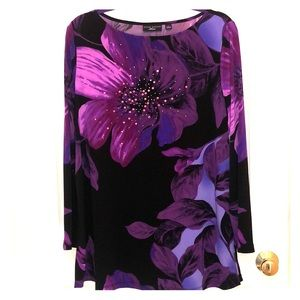 Beautiful Tunic Top - stunning design, embellished